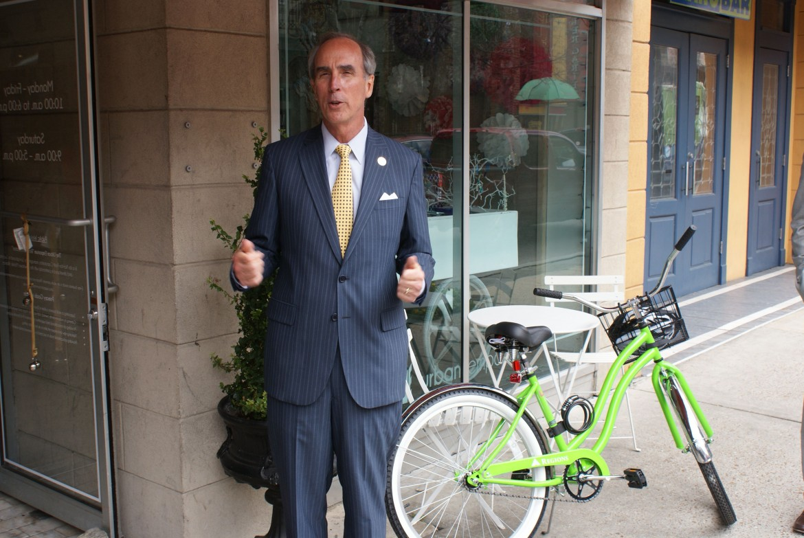 Mayor Sandy Stimpson speaks at the kickoff for a new bike rental program downtown.