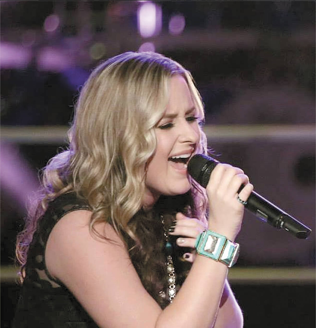 Laine to show off 'Voice' to her local fans
