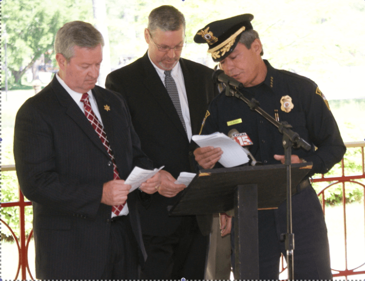 Officials hold law enforcement memorial