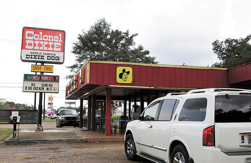 Colonel Dixie's chicken rivals Colonel Sanders'