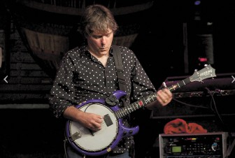 Bela Fleck and Abigail Washburn will bring the finest bluegrass and banjo picking to Mobile's Saenger Theatre on Oct. 17.