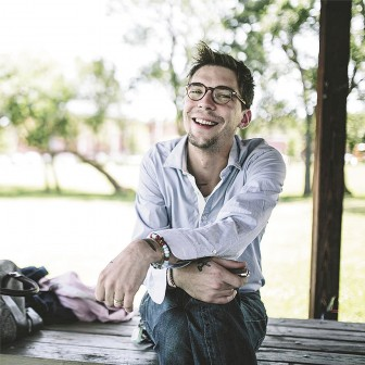 Newlywed Justin Townes Earle crooned for his bride recently in Mobile.