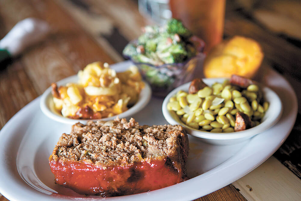 Lunch in Baldwin County seat adds up to a good meal