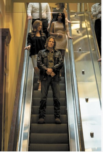 """Is that the escalator in Mobile's Riverview Plaza starring in """"Vice?"""" Oh yeah and Thomas Jane too."""