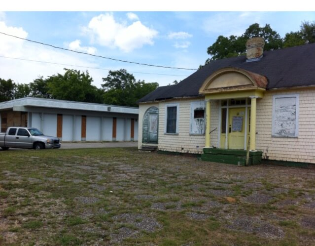 What's a $10 house worth in Bayou La Batre?