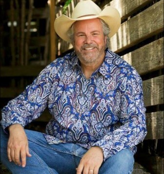 Veteran songwriter Robert Earl Keen will bring 18 albums worth of material to Mobile March 6.