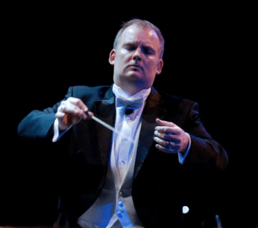 Mobile Opera closes the curtain on artistic director