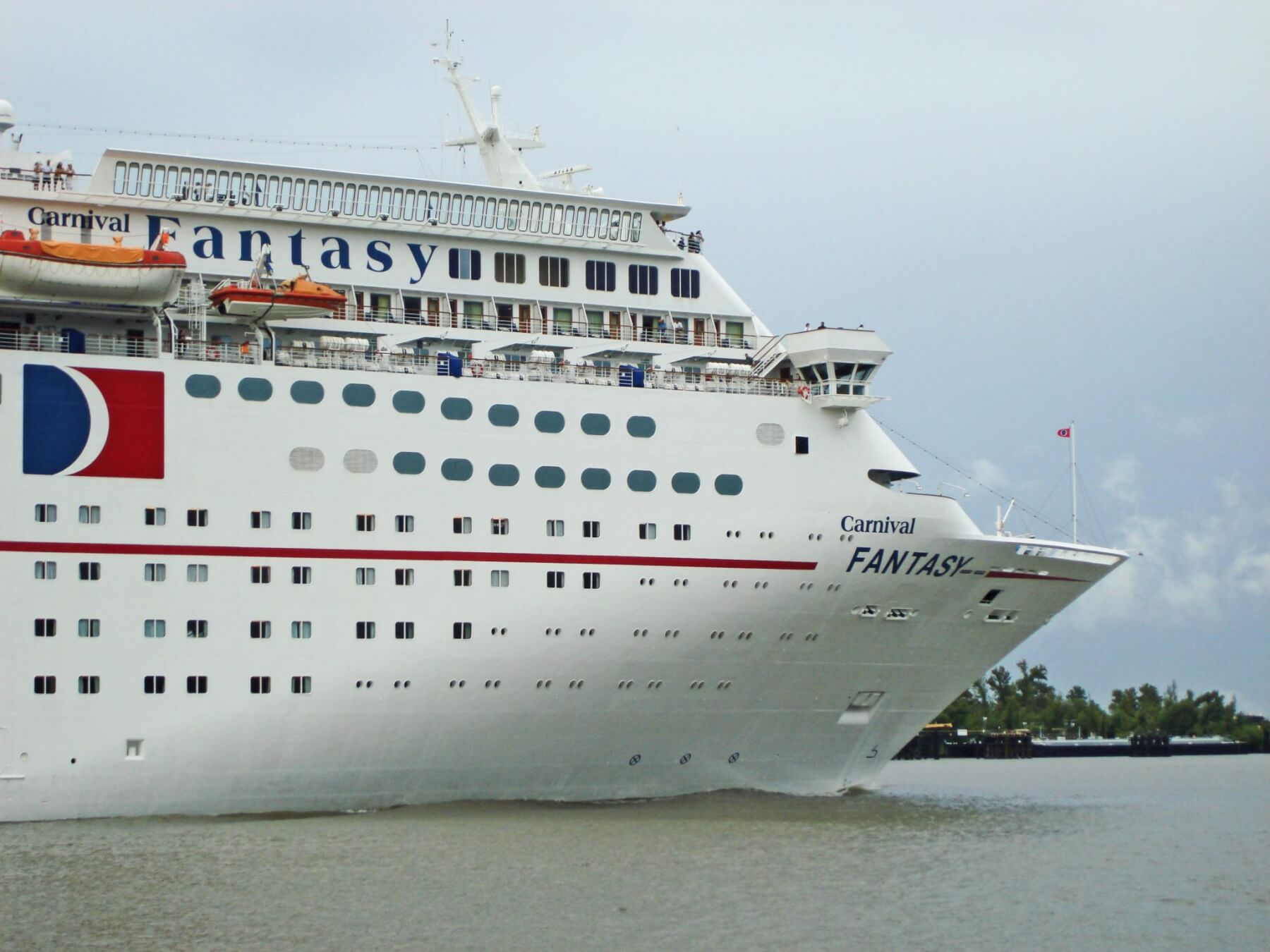 Priest accused of sexual abuse on Carnival cruise