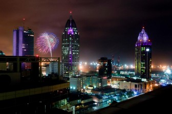 (Photo/facebook.com/MoonPieOverMobile) Downtown Mobile will be alive with activity to ring in 2016.