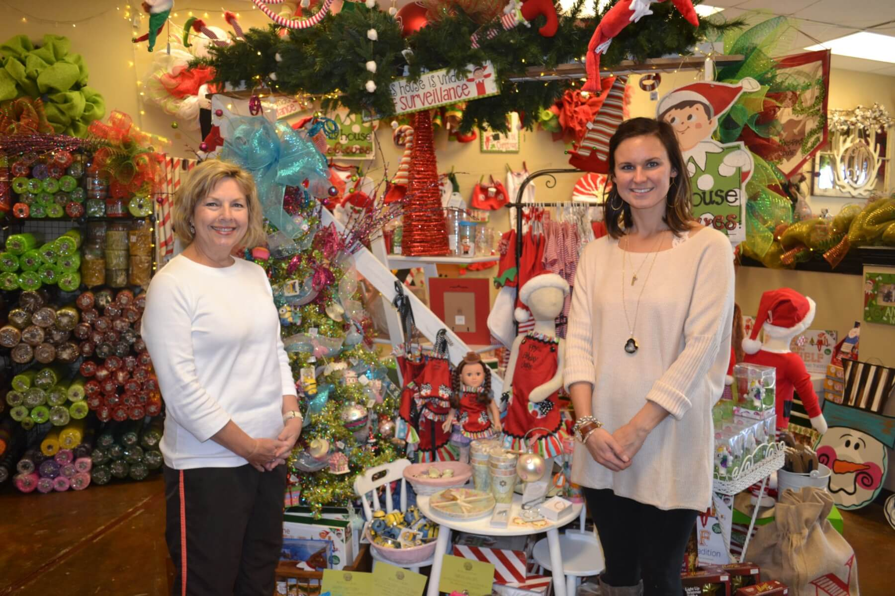 Make yourself at home at Semmes Christmas Tour