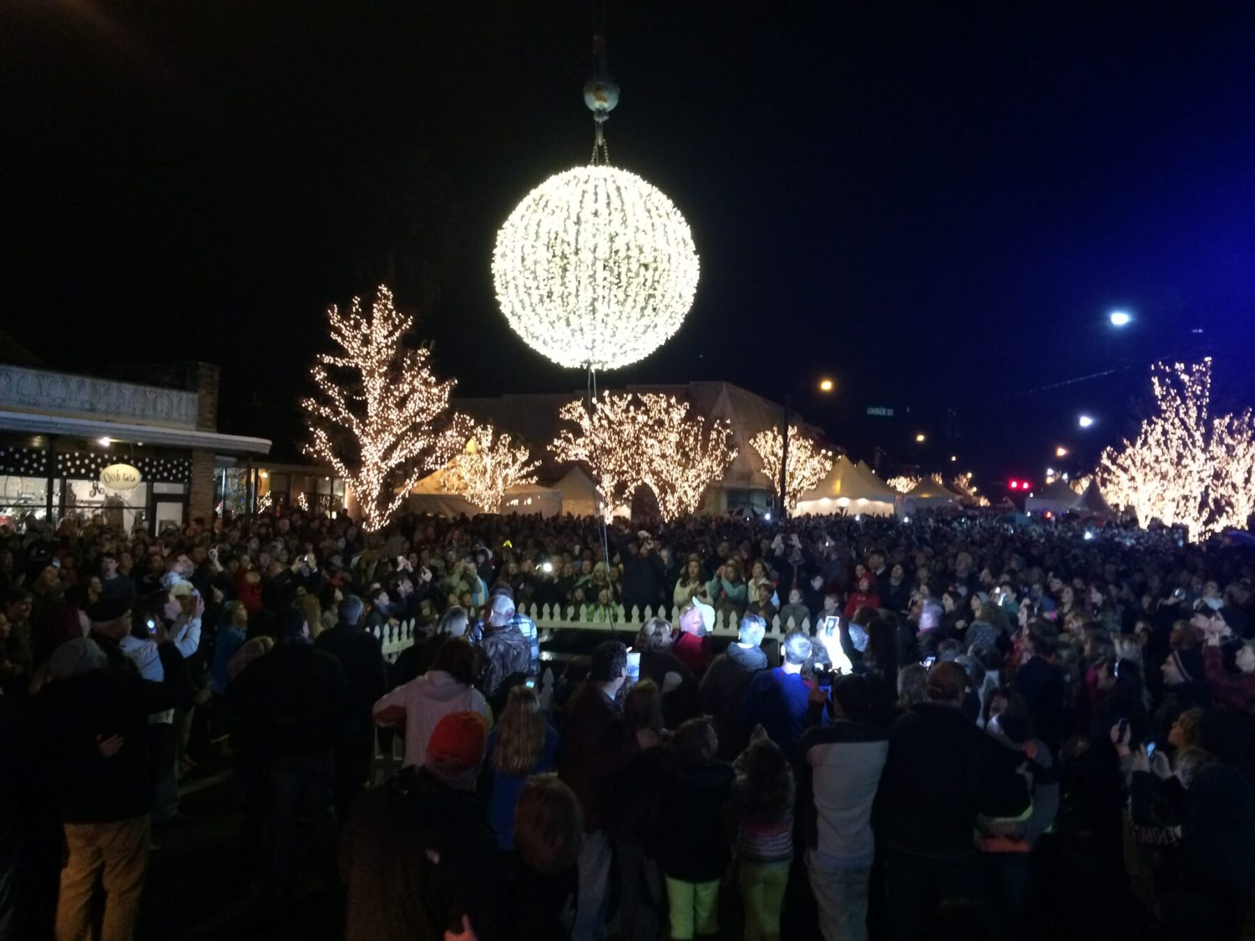 Fairhope plans downtown New Year's Eve celebration