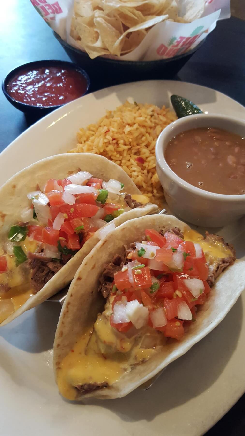 Hearty Tex-Mex  — and plenty of it — at Café Del Rio