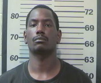 Quinten Russell, 33, was arrested  on July 19 for threatening Mobile Police officers on social media (MCSO).