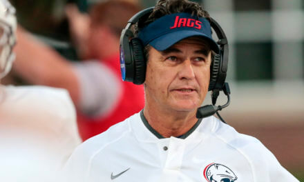 Jones resigns as only football coach USA has ever known