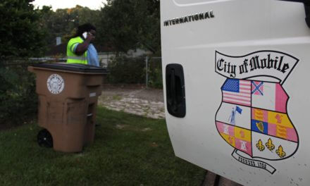 Trash authority sues city over debris contract