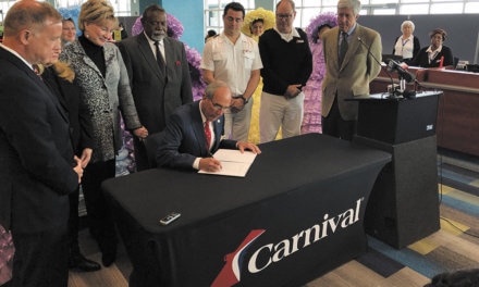 Carnival agrees to one-year contract extension