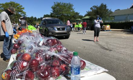 Local food bank feeds 1,000 in Mobile