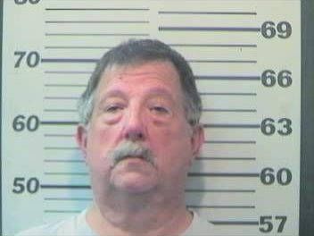 Mobile man accused of soliciting sex acts from '15-year-old' online