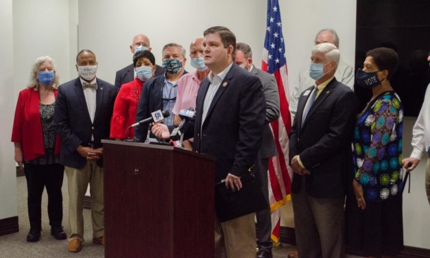 Lawmakers look to protect homeowners from fraudulent contractors