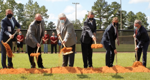 University of Mobile dedicates training facility, earns academic awards