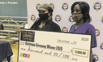 Local NFL player gives $15,000 to local families