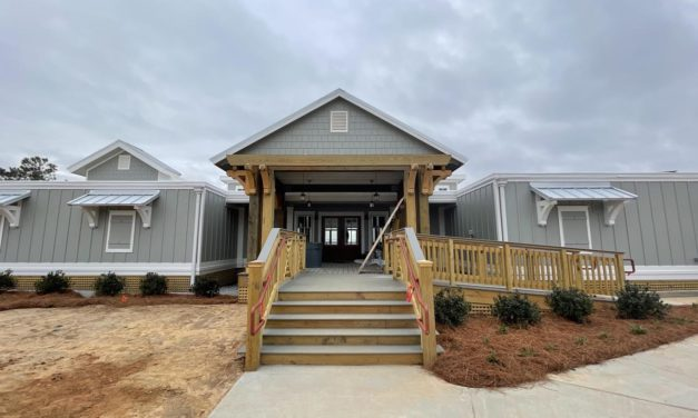 Lake Forest prepares to open renovated yacht club